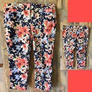 Women's Floral Capri Shorts